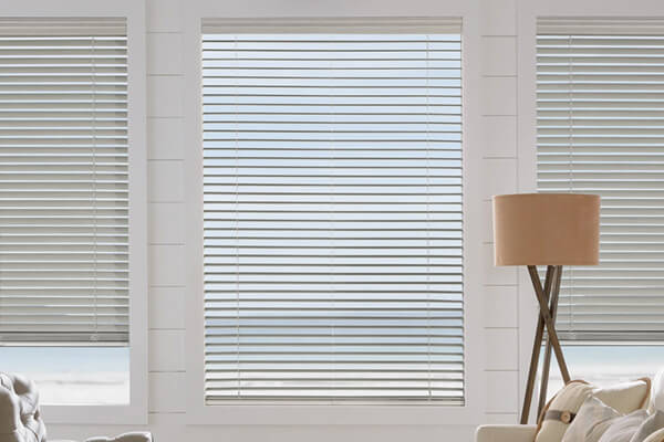 faux wood blinds everwood trugrain hunter douglas 01 0